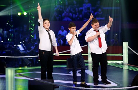 MBC1 & MBC MASR- the Voice Kids- Battle 1- Nancy's team- Alaa Nasser vs Zein Obeid vs Ayman Amin (3)
